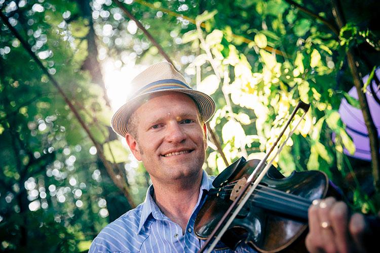 Sammy Lind fiddle workshop